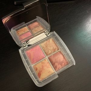LE Hourglass Ambient Lighting Blush Quad Ghost